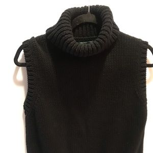 Black sleeveless knit sweater by Ralph Lauren